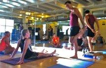 Trener personalny pomoże na siłowni